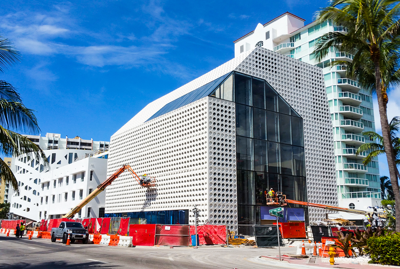 Faena art center 3-1300